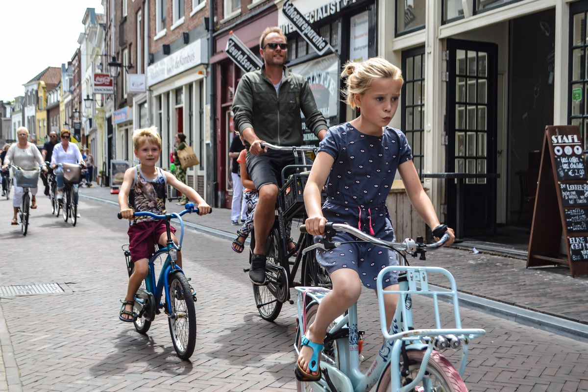 Amsterdam with children: 10 things to do on the bike with ...
