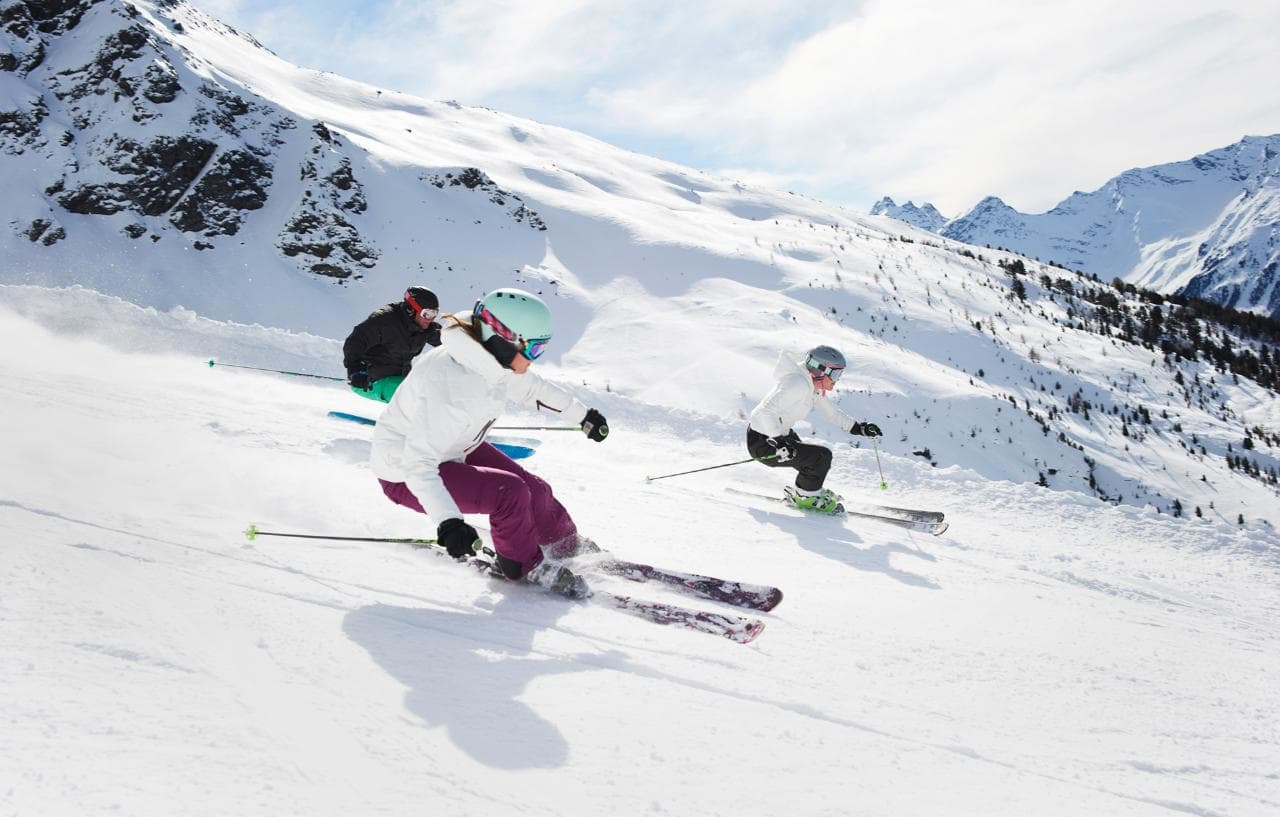 Skiing at cheap prices: the areas where you spend little in Italy and Europe